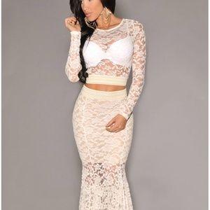 Dresses & Skirts - *New* Locked on Taupe Lace Trumpet Dress Set